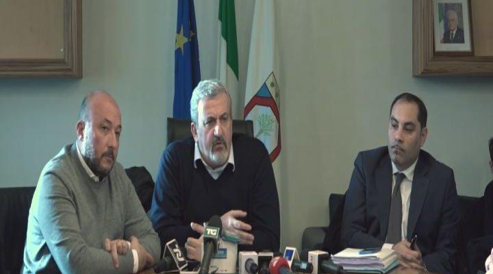 """Ilva, Emiliano : """"Attendiamo convocazione da Gentiloni, ma il ricorso per ora non lo ritiriamo"""""""