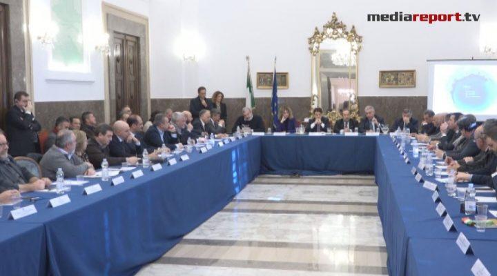 Vertice a Foggia, le dichiarazioni del premier Conte e del presidente Emiliano a margine dell'incontro in Prefettura