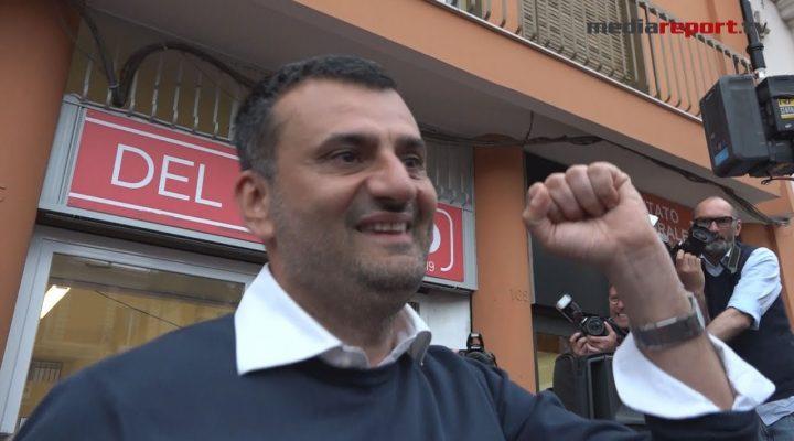 """Elezioni 2019, l'abbraccio di Decaro ai baresi: """"Grazie, non vi deluderò"""""""