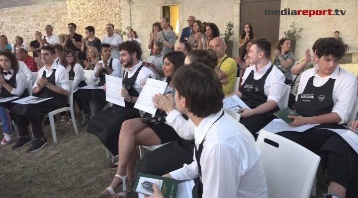 """Ais, """"Sommelier Astemio"""": 20 ragazzi e ragazze """"speciali"""" festeggiano il loro diploma"""