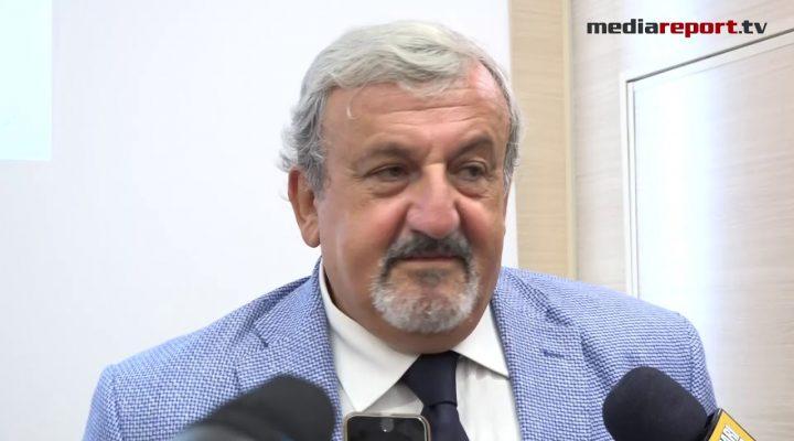 Governo Pd-M5s, Emiliano a favore del Conte bis